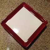Pampered Chef Simple Additions 6 Plates Cranberry & White in Brookfield, Wisconsin