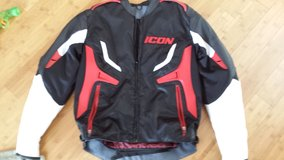 Leather/Textile Icon Jacket (Like New) in Fort Campbell, Kentucky