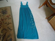 Green long summer dress sz Small in Fort Lewis, Washington
