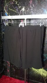 PLUS SIZE TAILOR MADE BLACK SHORTS in Fort Irwin, California