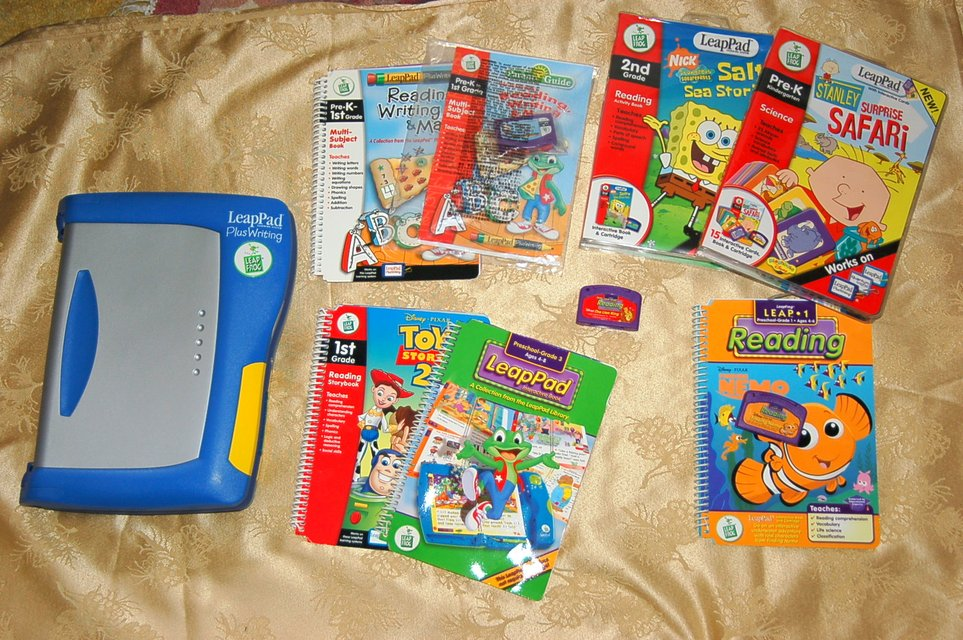 leappad plus writing books Plus leapreader helps develop listening comprehension skills with a growing library of 100+ audio books featuring classic and best-selling children's books that encourage a love of reading waste electrical and electronic equipment ( weee) and waste batteries must never be placed in your waste disposal or recycling.